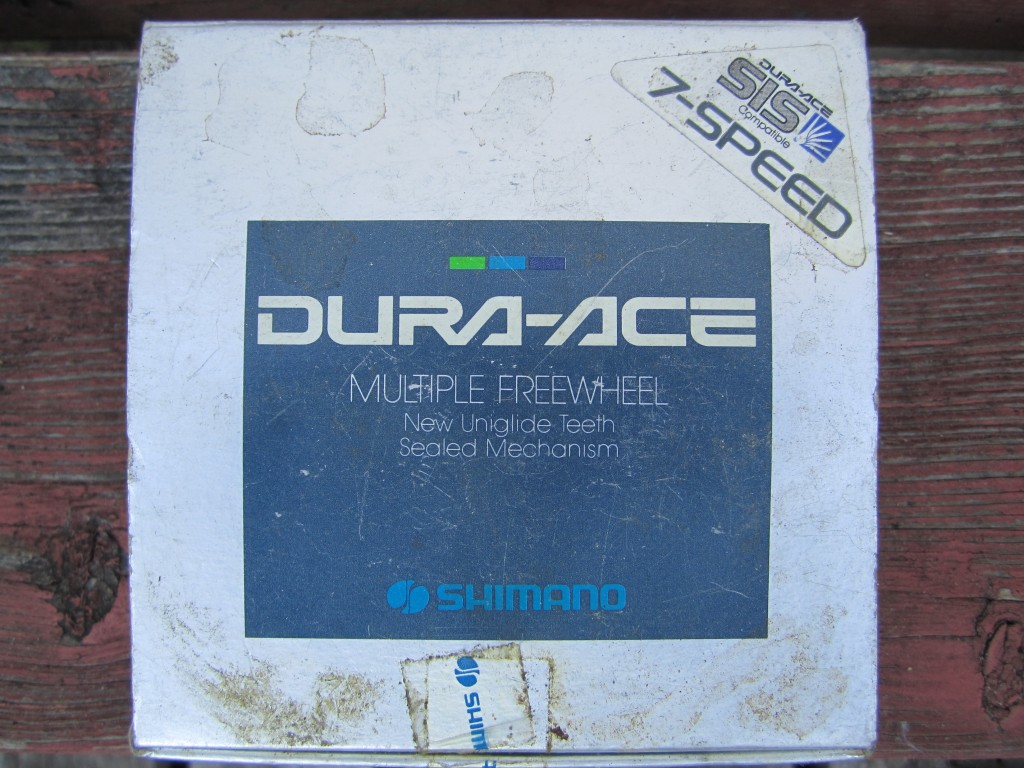Shimano 7 Speed Dura Ace Freewheel box